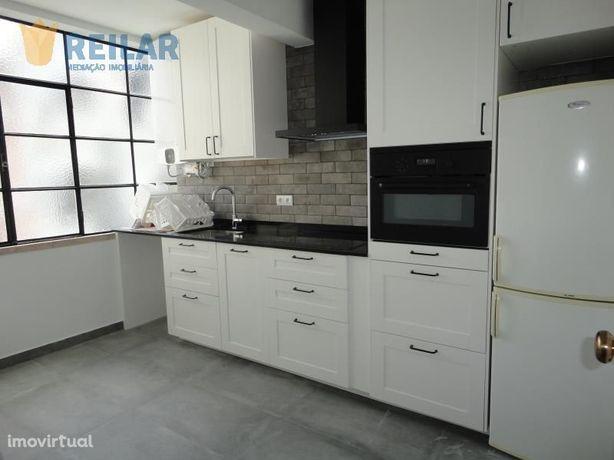 Moscavide - T2 Remodelado - € 700