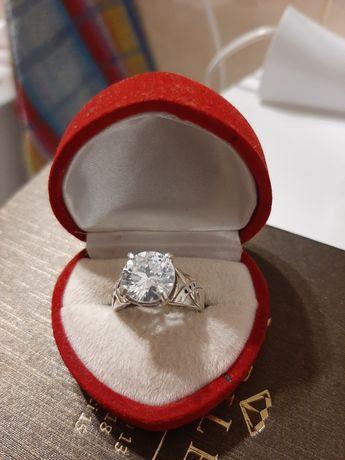 Masywny srebrny pierścionek 925 rozmiar 13