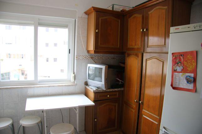 Aluguer de Apartamento T2 +1 no centro da Amadora