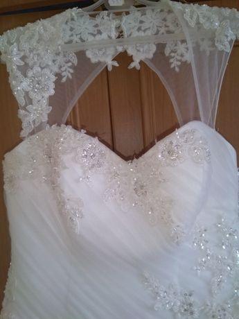 suknia ślubna rozmir 38 -40 -42 wzrost 166 + buty na obcasie 7 cm