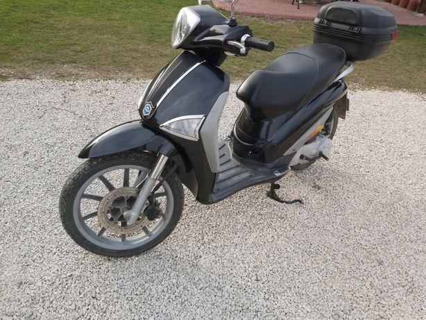 PIAGGIO  Skuter Motor 50