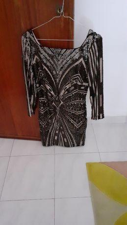 Vestido preto e dourado tecido Brilhante ( Guess) C / NOVO