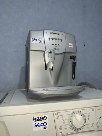 Кофеварка Saeco Incanto ЛЕГЕНДА среди домашних кофеварок.