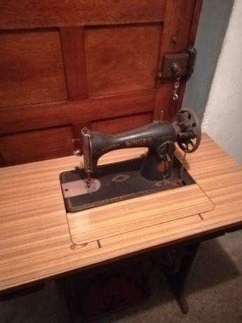 Maquina de costura Singer de 1930