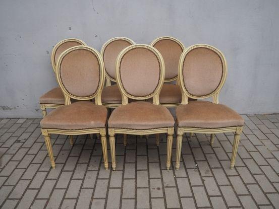 Tapicerowany komplet 6 krzeseł medaliony 882