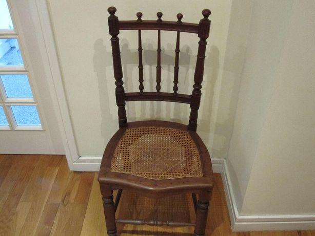Cadeira Romântica Acento Palhinha Madeira Entalhada Vazada Antiga