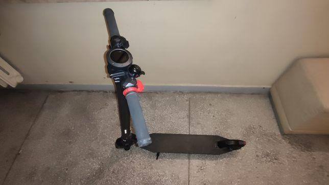 Hulajnoga elektryczna 24v używana sprawna składana ładowarka