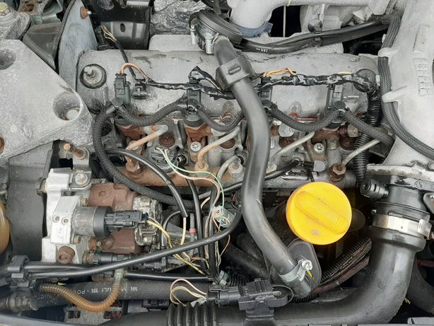 Blok Dół Silnika Wał Renault Megane 2 Scenic 2 1.9 DCI