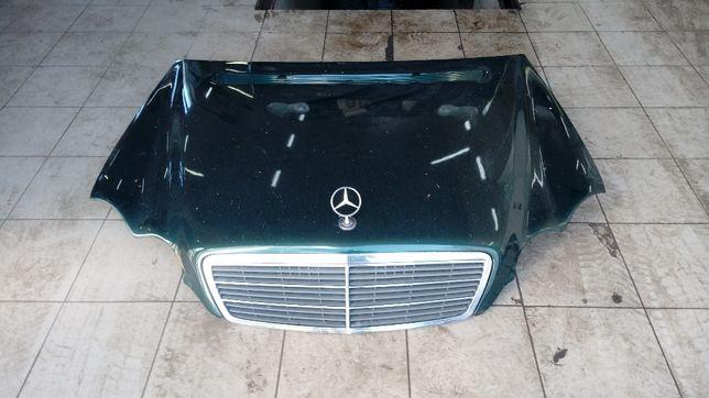 Maska Porywa Silnika Mercedes W203 Kolor Zielony stan bardzo dobry