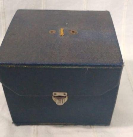 Máquina Fotográfica Clack Agfa com caixa
