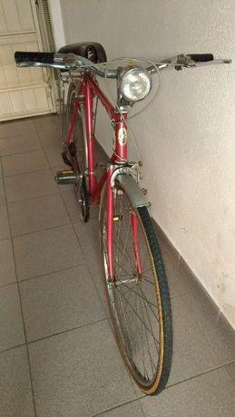 Bicicleta Antiga de estrada