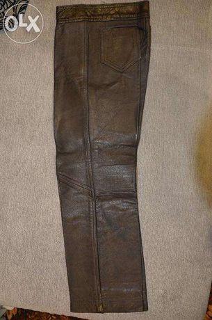 Продам кожаные джинсы на мальчика 7-8лет