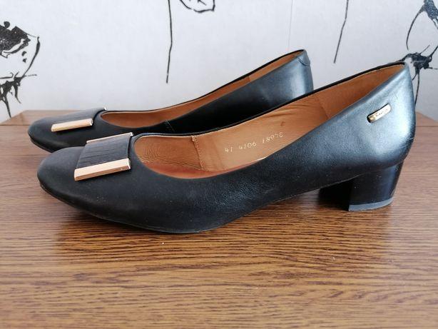 Maciejka pantofle r 41 Skóra naturalna czarne