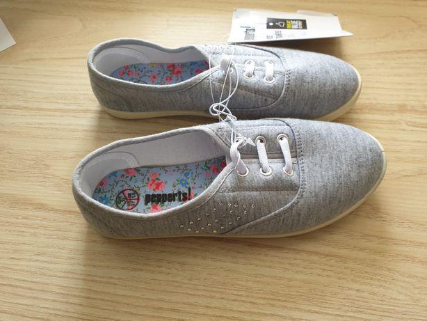 Nowe tenisówki szkolne trampki do szkoły kapcie buty 33 Pepperts