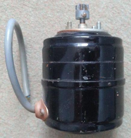 Электродвигатель чешский Mez Nachod UA7F54V
