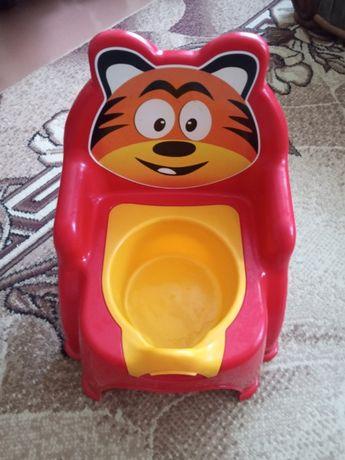 Горщик туалетний дитячий продам