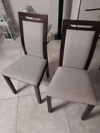 Sprzedam krzesła.