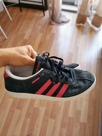 Ténis Adidas como novos