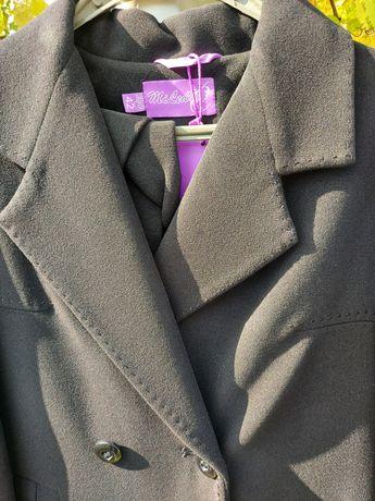 Продам пальто с поясом. Классика.