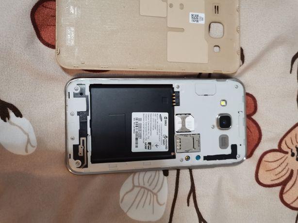 Samsung J500H/DS продам розбитий єкран може комусь потрібно на запчаст