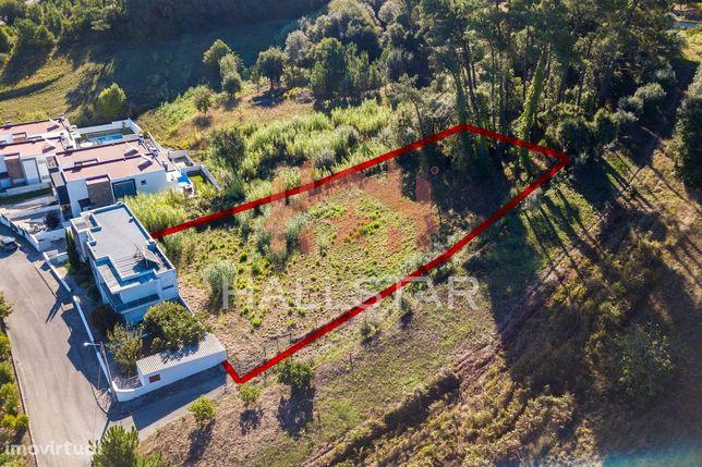 Terreno para Construção / Lote com 2000m2 / Índice de 0,5 / Cortes