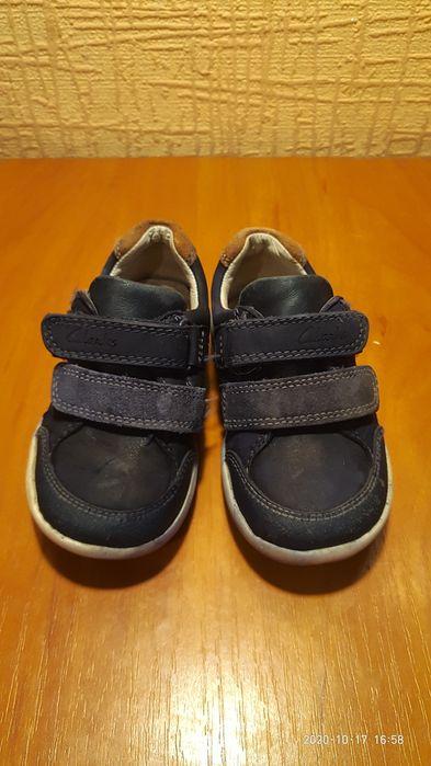 Шкіряні кросівки, напівчеревики фірми Clarks 22 розмір Ровно - изображение 1