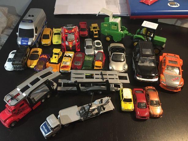 Auta pojazdy