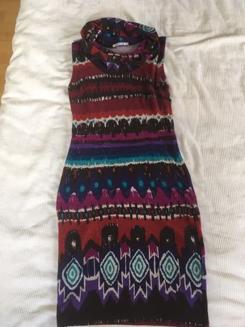 Ciepła sukienka Qiosque też ciążowa