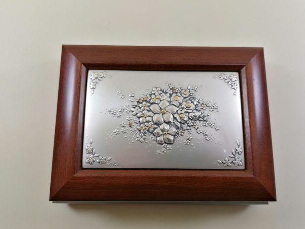 Guarda joias em madeira com placa Bilaminado