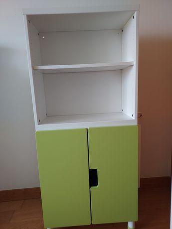 Móveis quarto de criança Ikea: estantes cadeira.Vendo junto ou separad