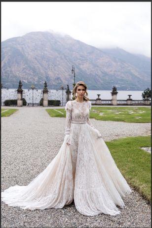 Шикарное свадебное платье Daria Karlozi в стиле бохо, Киев