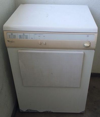 Máquina de secar avariada