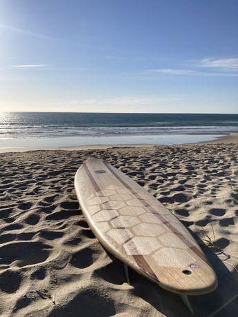 """Prancha de surf em Madeira 8'1"""" 55L"""