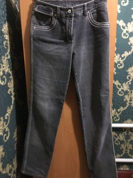 Escada джинсы женские