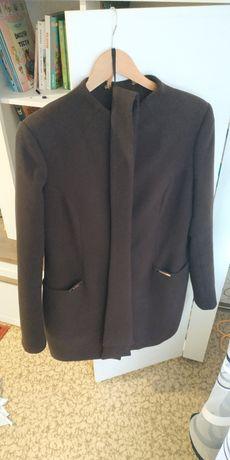 Продам осіннє пальто !