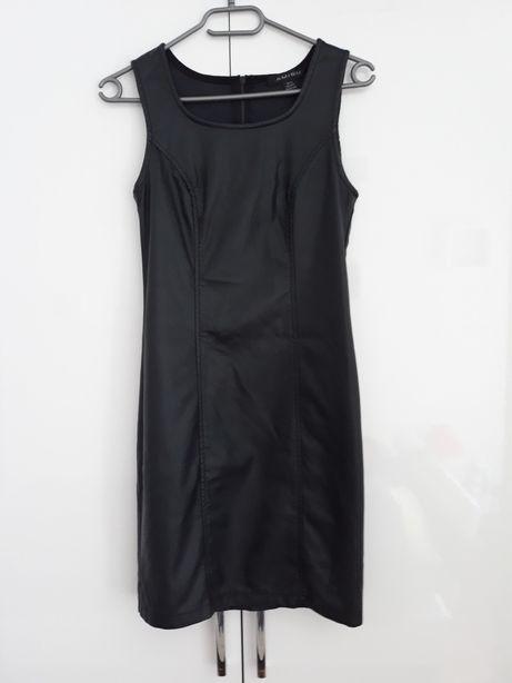 Sukienka jak nowa 36(S)