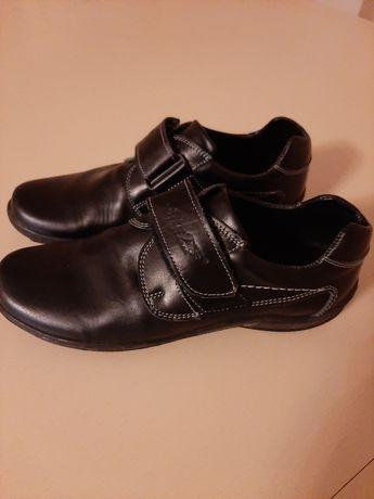 Туфлі туфельки взуття шкільне