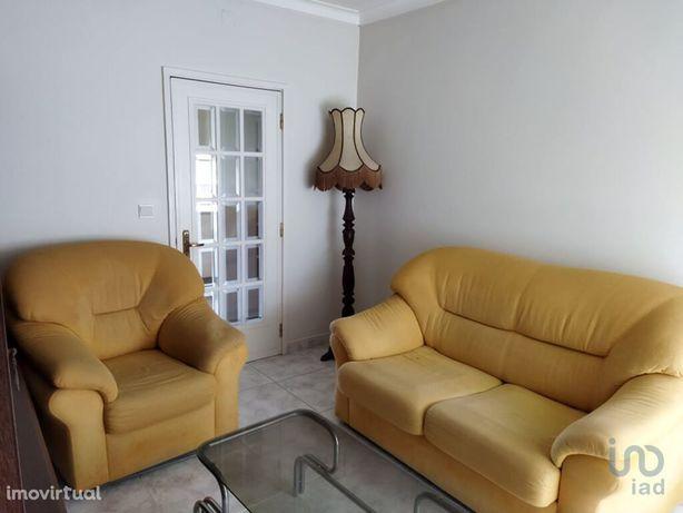 Apartamento - 102 m² - T4