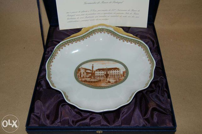 Taça Cerâmica comemorativa 150 anos Banco Portugal largo municipio
