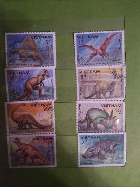 Продам почтовые марки - динозавры