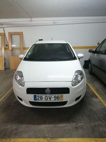 Fiat Grand Punto Comercial - Troco Por Carro a Gasolina 4 Lugares