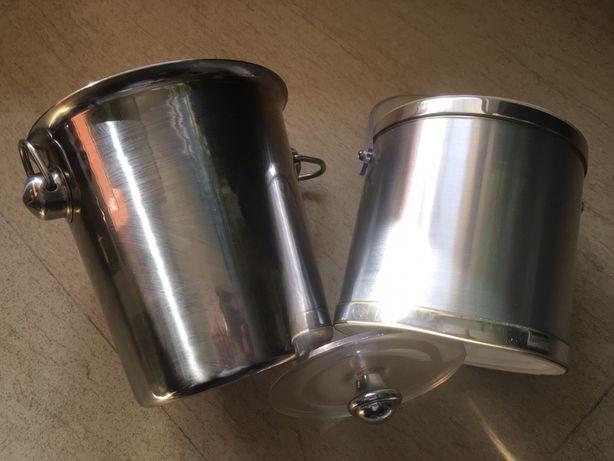 2 pojemniki do chłodzenia wina wraz z termosem na lód