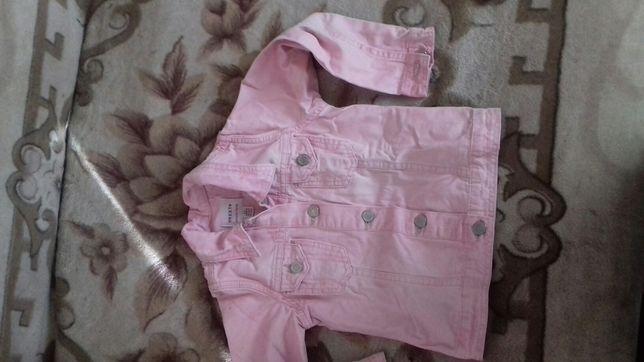 Курточка  джинсовая на девочку 5-6 лет