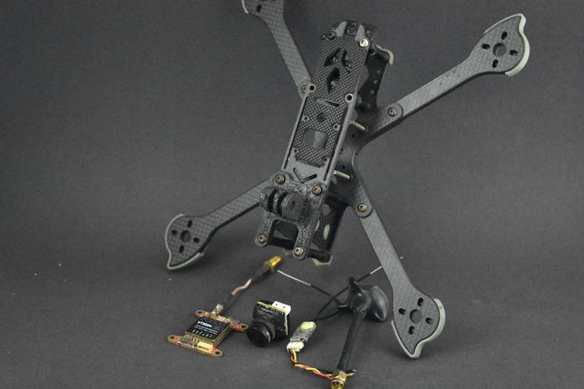 drone frame Nazgul com r xsr vtx e camera ratel