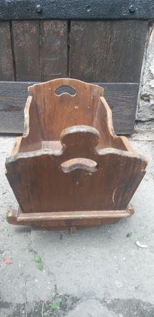 Drewniana,stara kołyska dla lalki