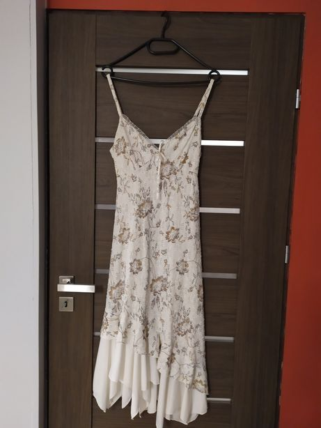Letnia wizytowa sukienka