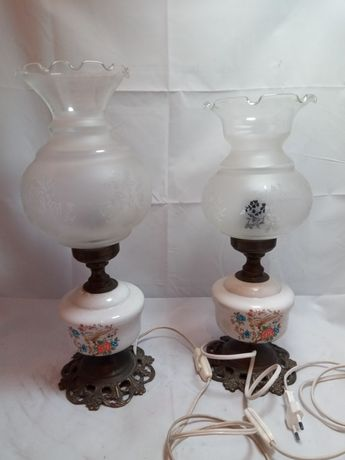Candeeiros antigos de mesa - base em porcelana