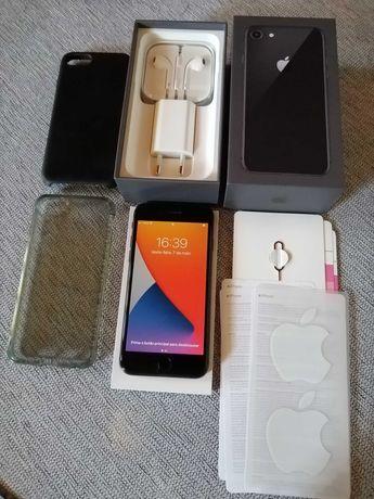 iPhone 8 256GB semi-novo Caixa + documentação + capa pele APPLE