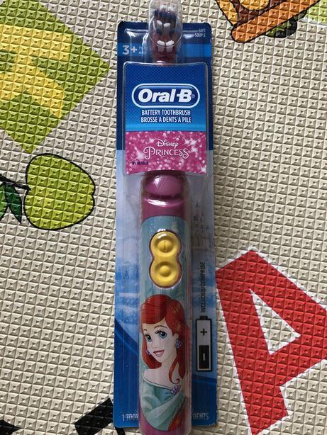 Детская электрическая зубная щётка Oral-B; принцесса, Русалочка