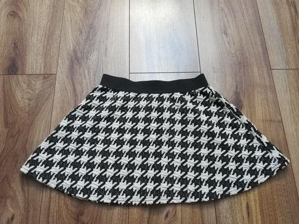 Spódnica biało czarna r 128
